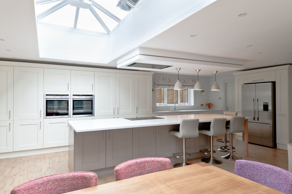 Bright contemporary home interior design furnished by anna for Creative interior designs beckenham
